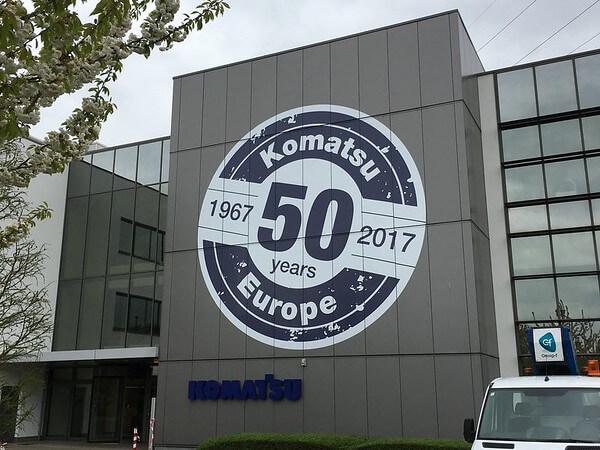 XL Reklame - gevelletters Komatsu