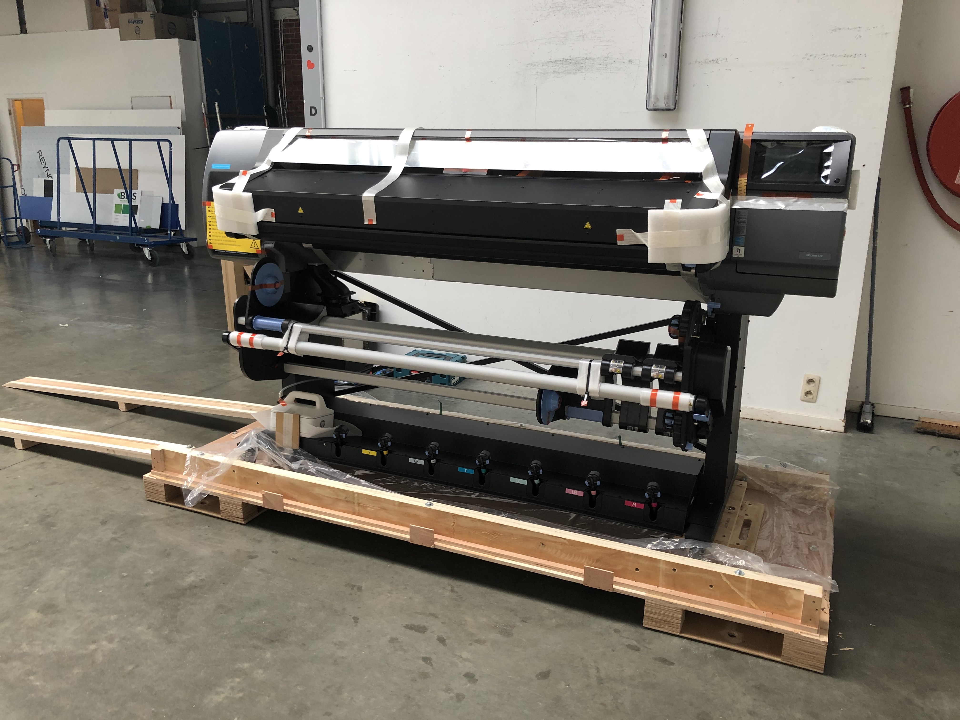 XL Reklame Mechelen - HP Latex 570 Printer - installatie