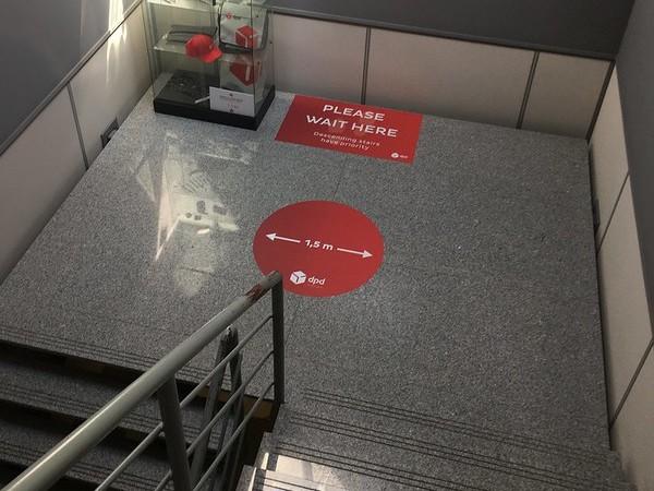 Anderhalve meter producten - aangename werkplek - XL Reklame Mechelen
