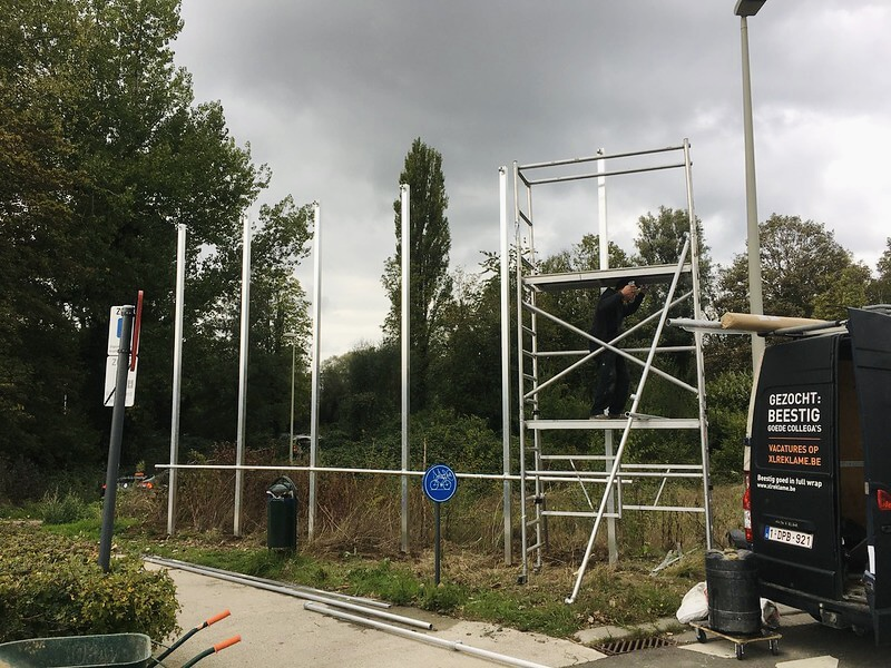 Easy Flex constructie op palen bij ParkView Boom - XL Reklame Mechelen